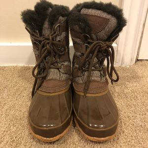 Bass and Co. Fur insulated winter boots